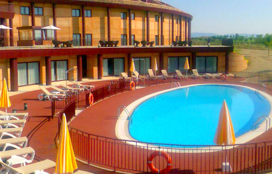 Category hotel en toledo hoteles y guias de viajes for Hotel toledo piscina